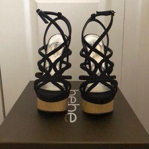 🕶 bebe Suede & Wood Platform Heels (6.5)
